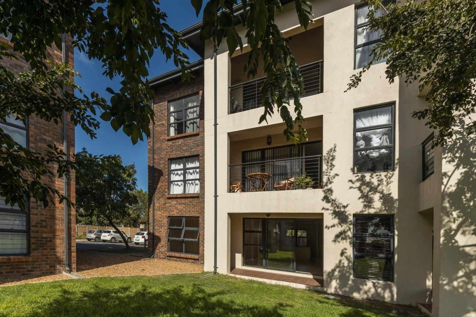 Apartment For Sale in Royal Ascot