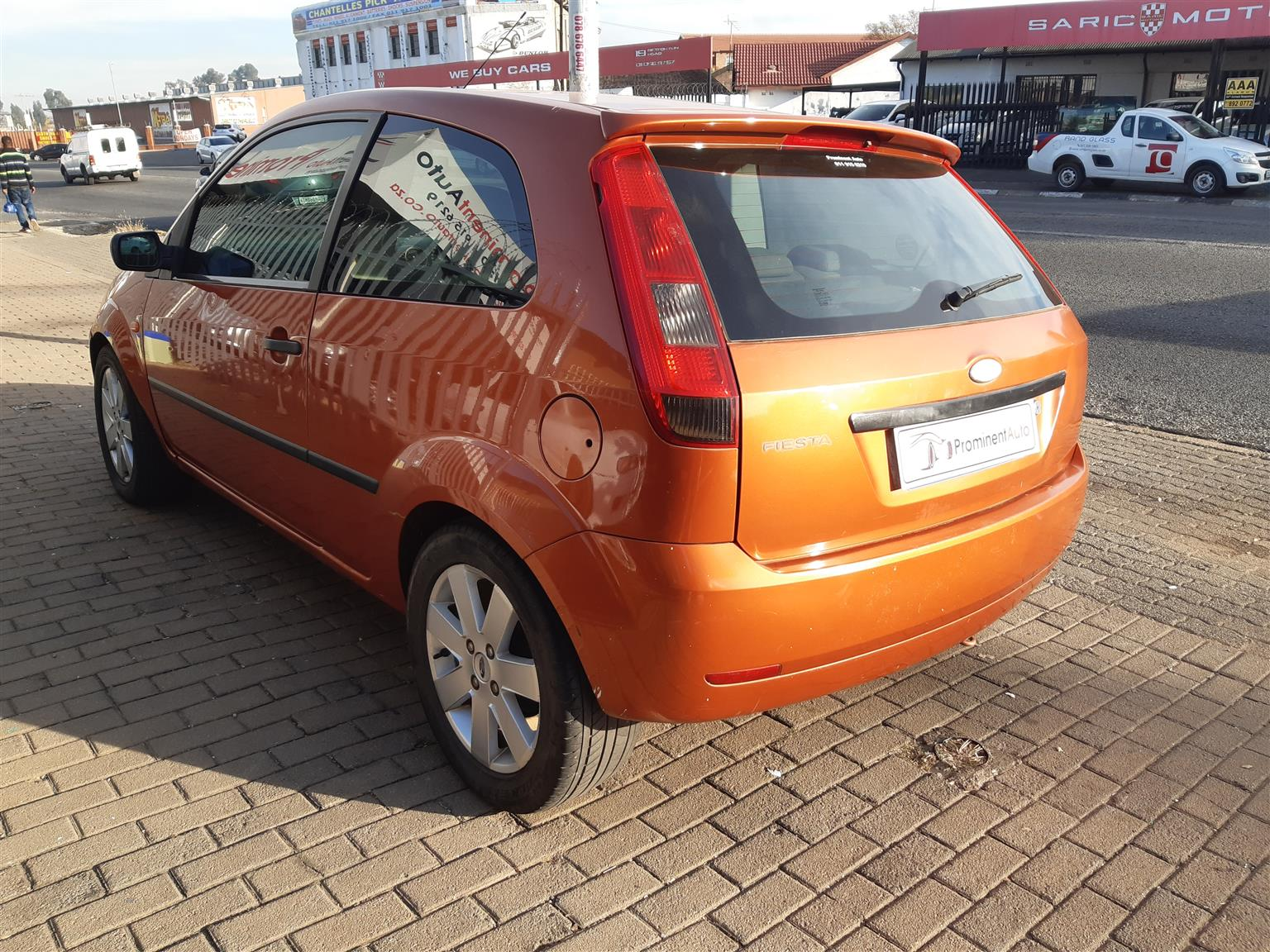 2004 Ford Fiesta hatch 5-door FIESTA 1.6i AMBIENTE 5Dr