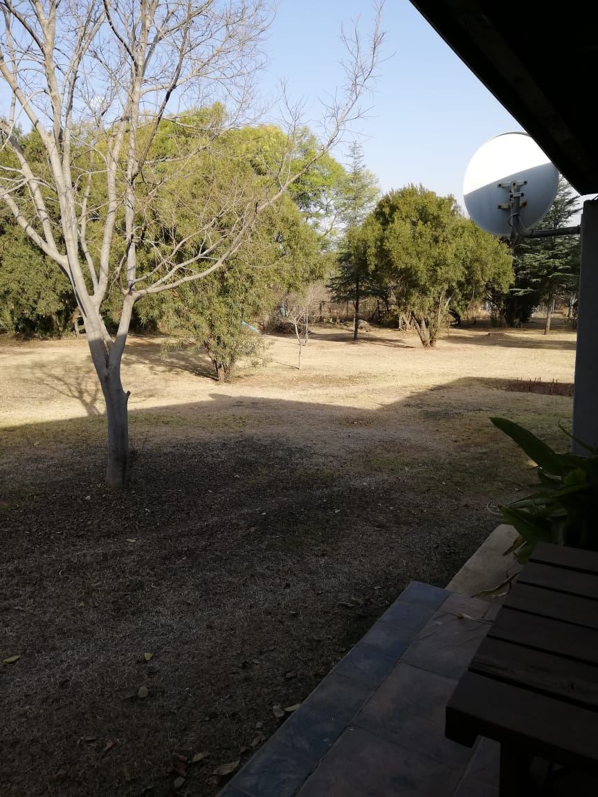 N4 Pretoria Oos -Eenman Tuinwoonstel op Kleinhoewe