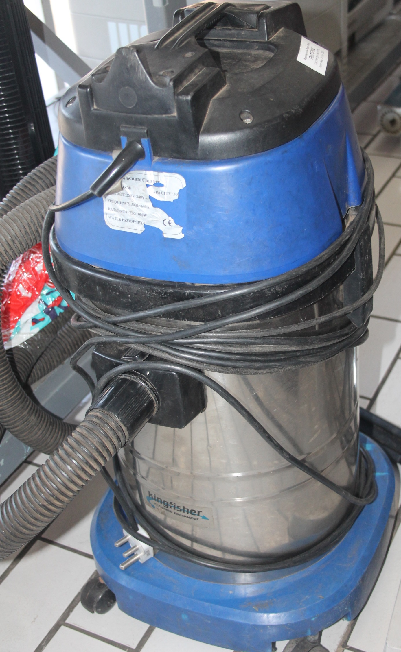 Kingfisher 30 litre wet and dry vacuum cleaner S045677A #Rosettenvillepawnshop