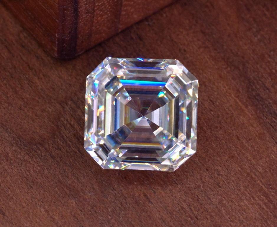 Certified White D color VVS1 0.80 carat Asscher Cut Moissanite Excellent Cut