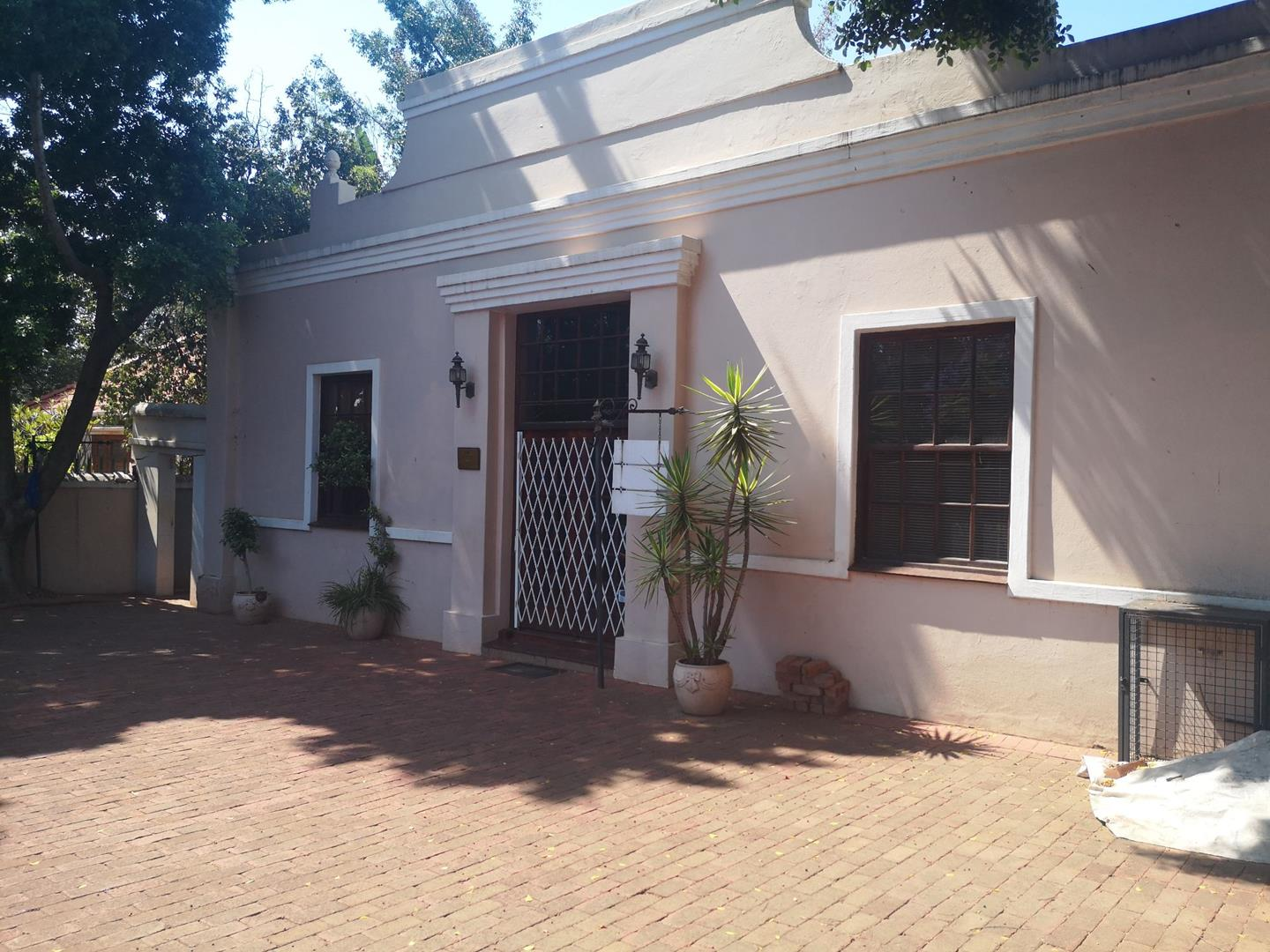 House For Sale in Hatfield