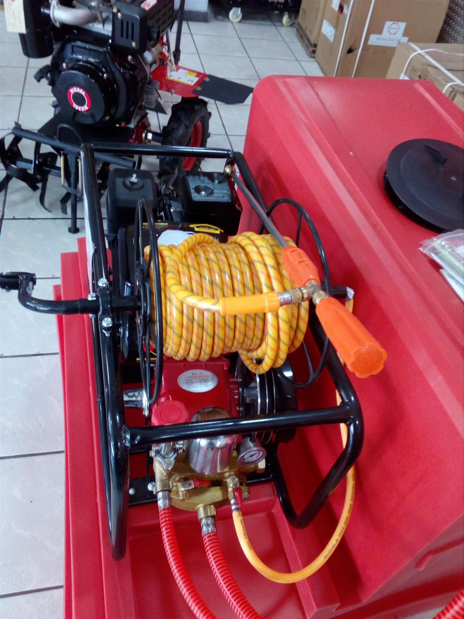 Magnum Power Sprayer/Fire Fighter with 7hp Petrol Engine price incl vat