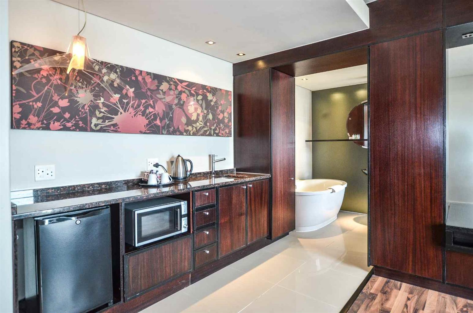 Apartment For Sale in Century City