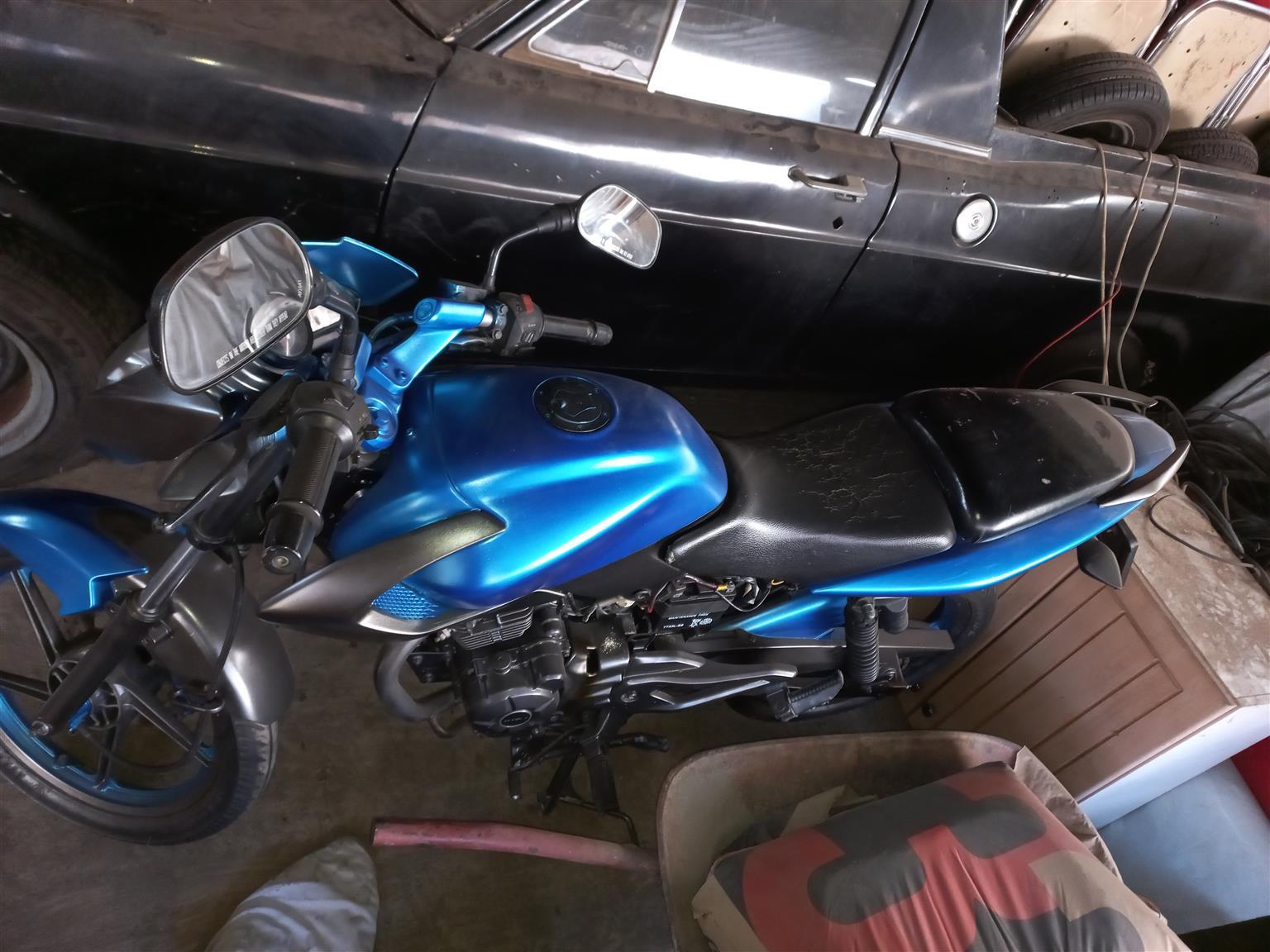 motorcycle Bajaj 2010