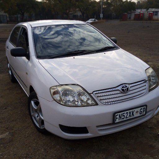 2004 Toyota Corolla 160i GLE