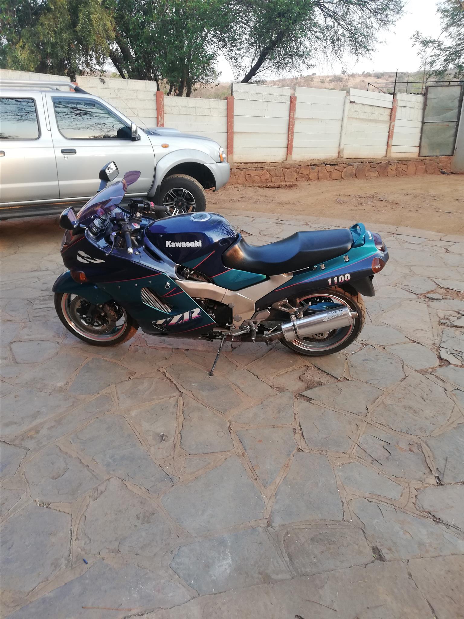 1998 Kawasaki ZZR