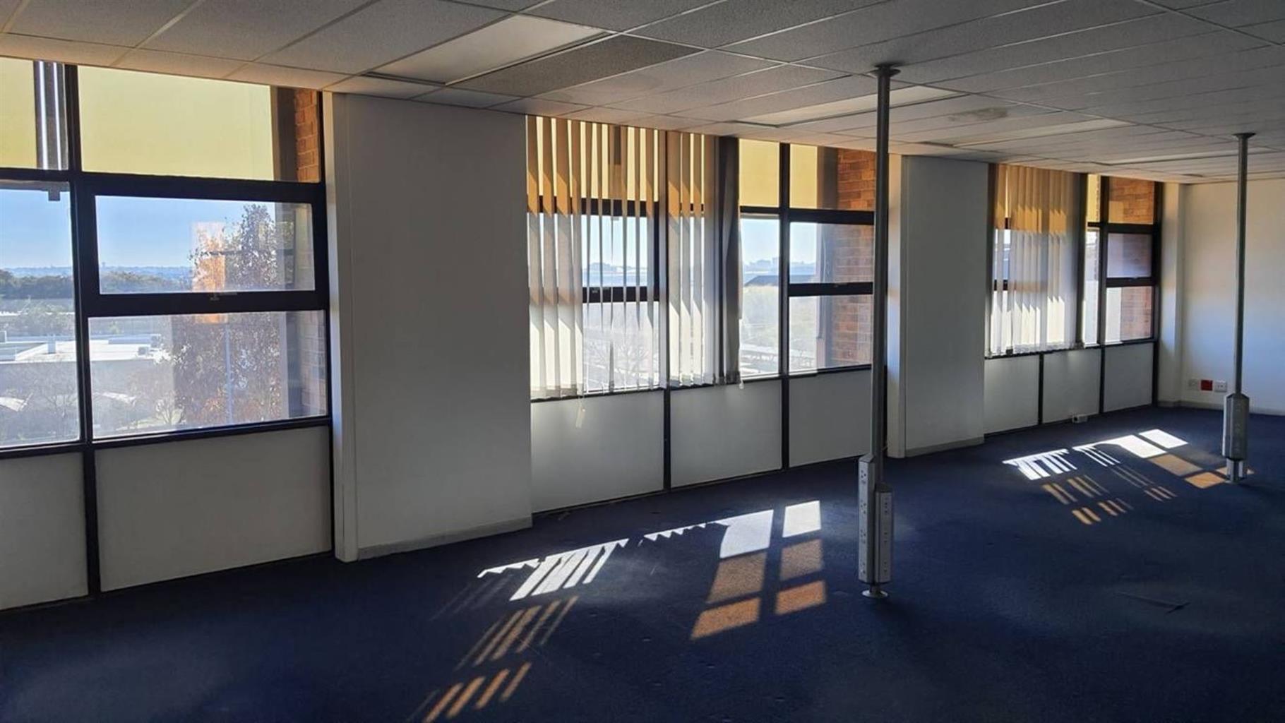 Office Rental Monthly in ORMONDE