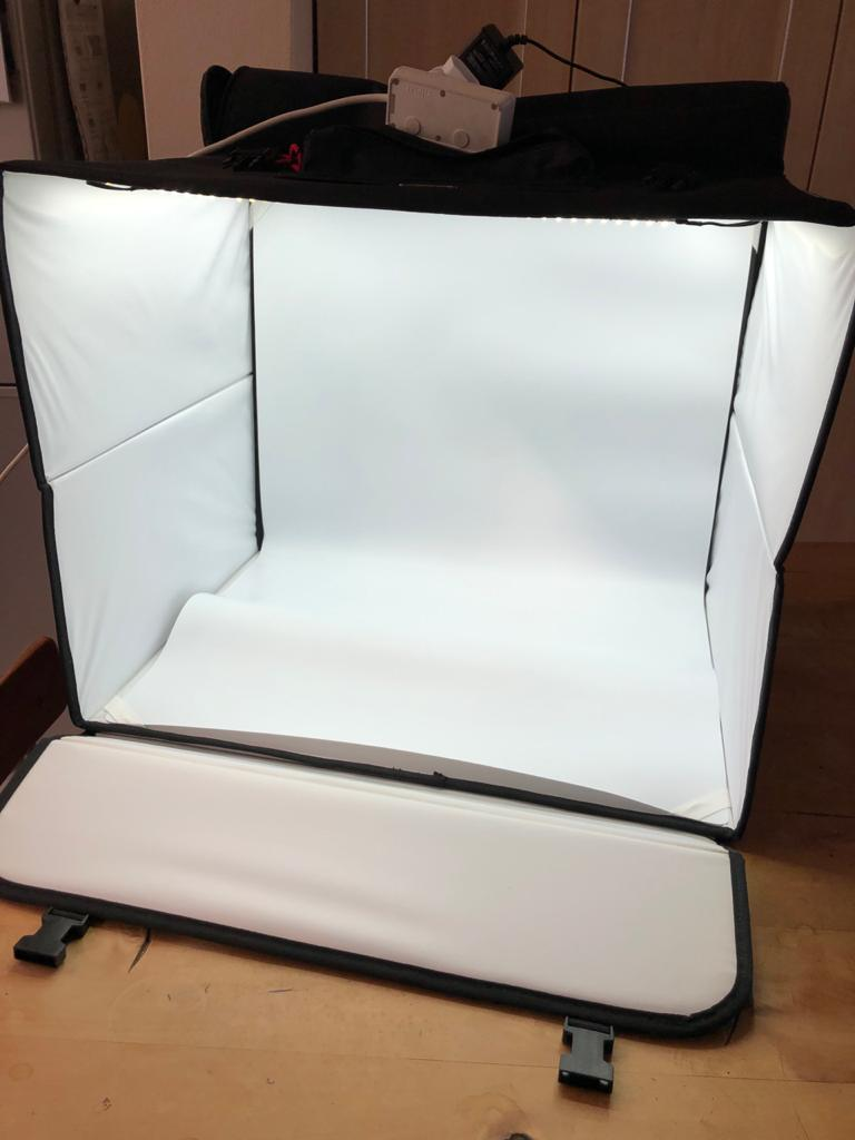 Sooc Portable Studio with built in LED Lights