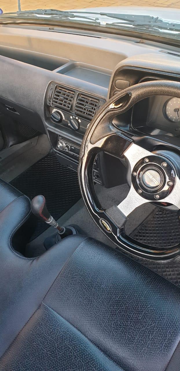 Mazda Ruster 1600 LDV Bakkie