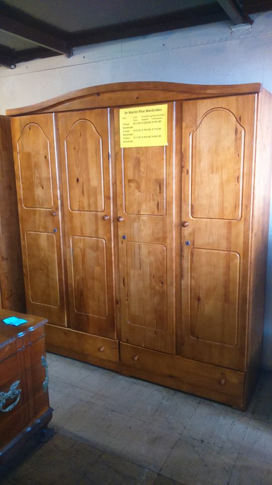 4 Drawer wooden cupboard for sale