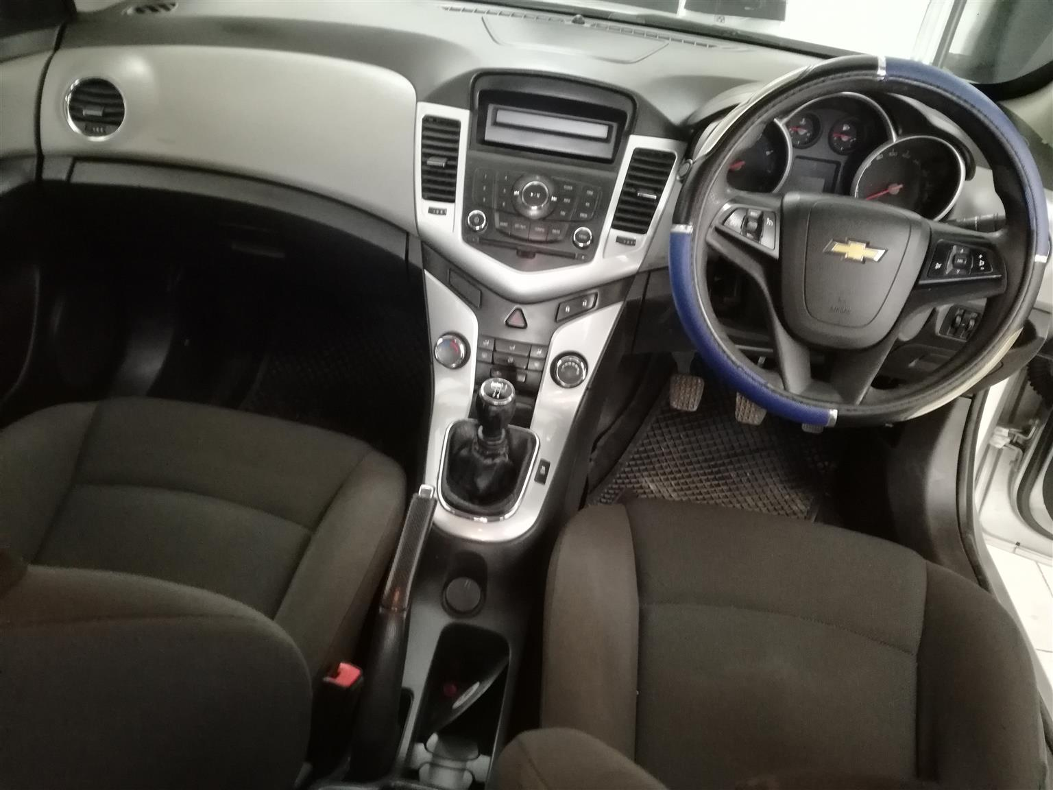 2015 Chevrolet Cruze Sedan 1.6LS