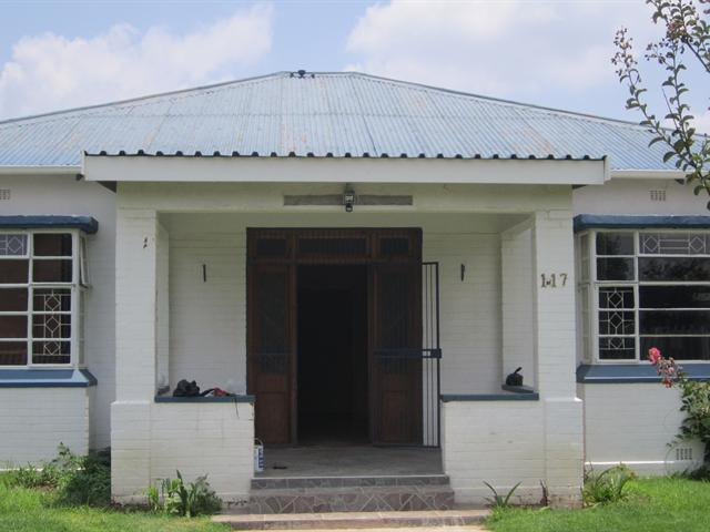 House For Sale in Nigel Central