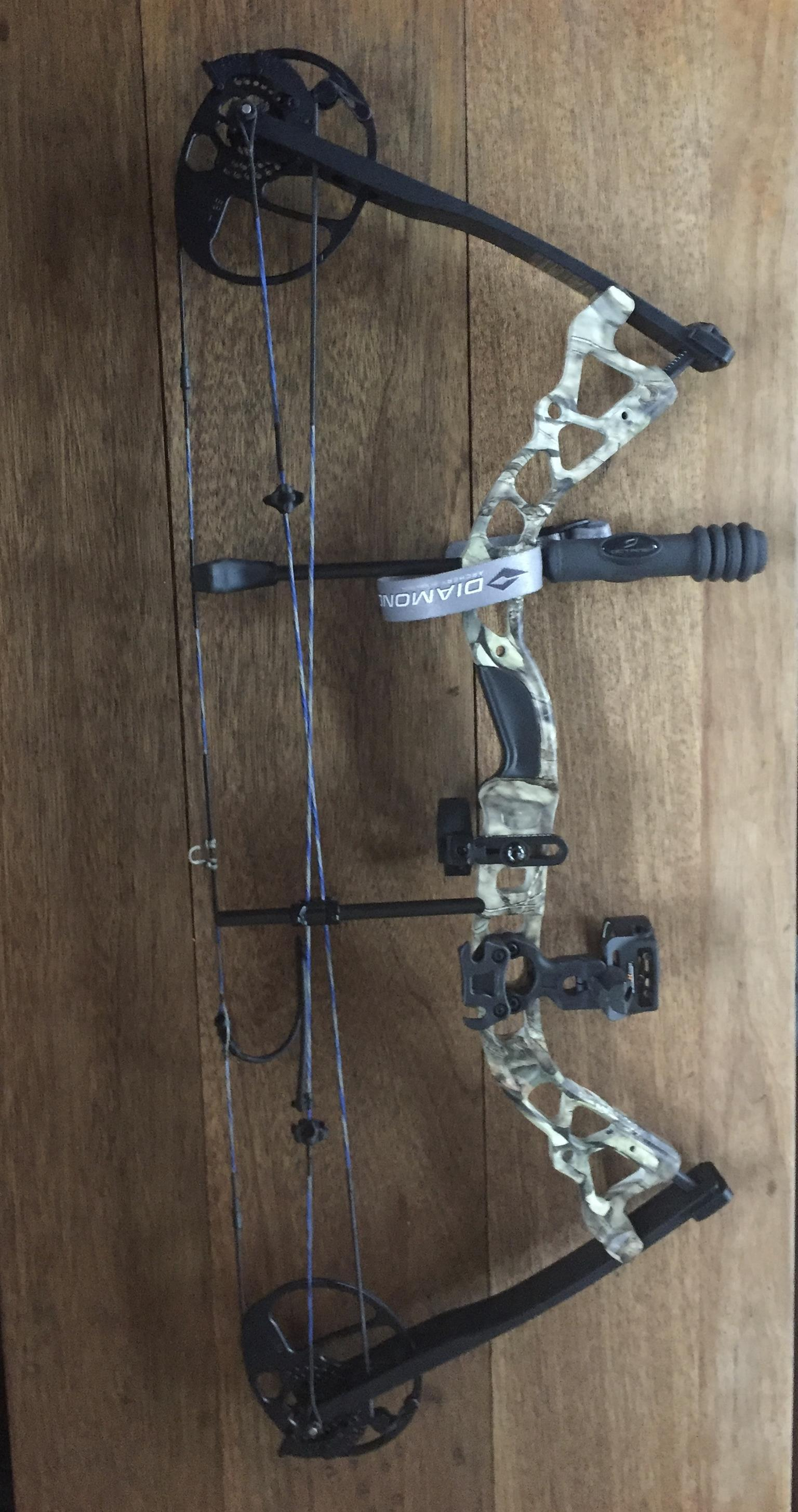 Diamond Infinite Edge Pro bow left hand | Junk Mail