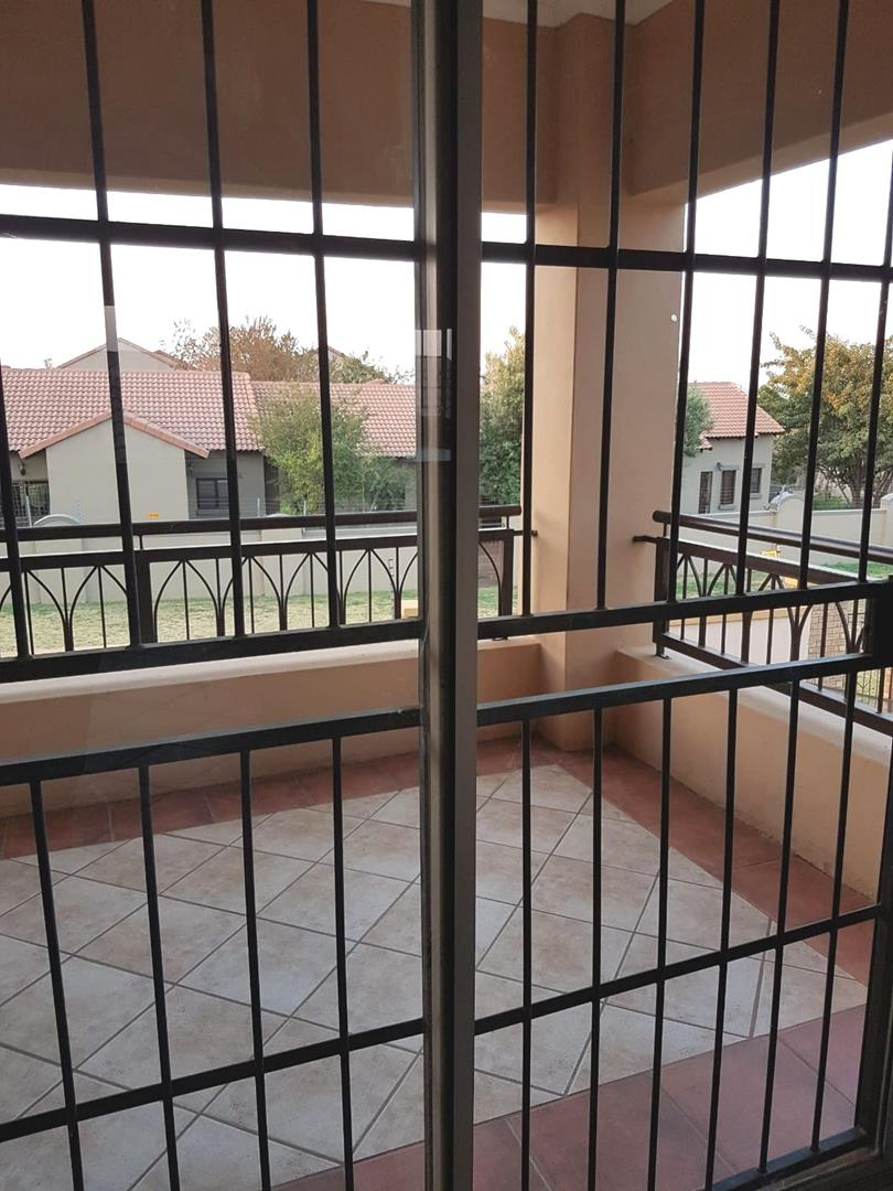 Apartment For Sale in Eco Park