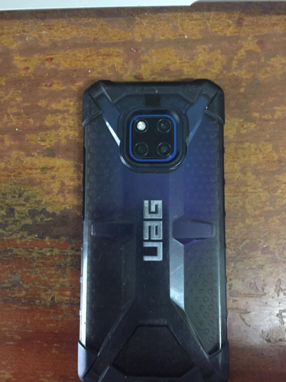 Huawei Mate 20 Pro 128GB(single sim) with UAG Cover, Wireless Charger and Screen Protector