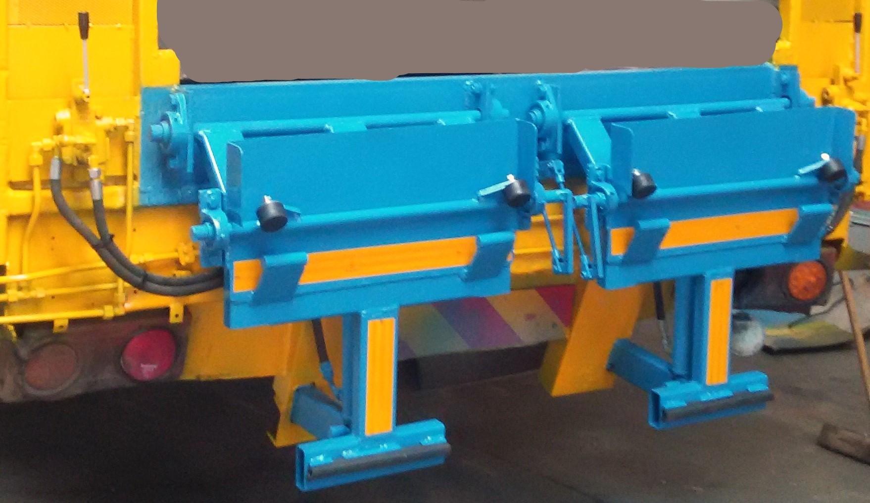 Rear loader compactor bin lifters
