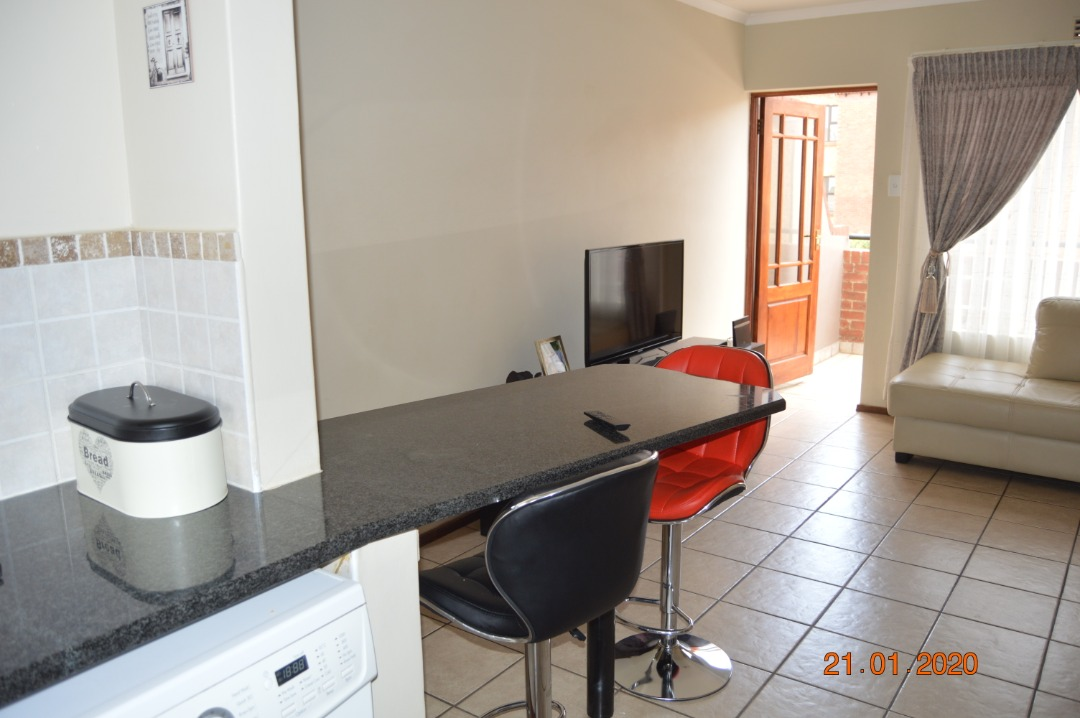 Townhouse For Sale in Brentwood Park