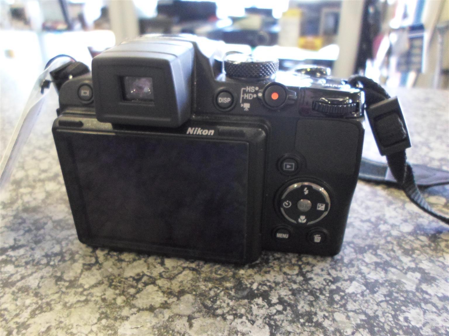 Nikon Coolpix P500 Camera
