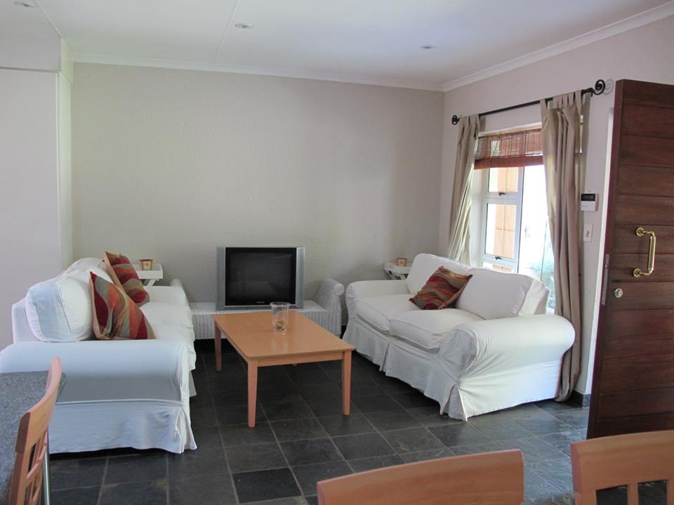 Fully Furnished One Bedroom En Suite Bathroom With Bath And Shower