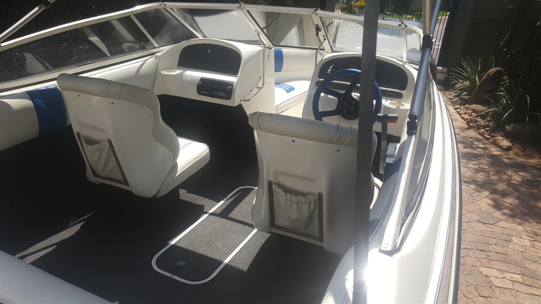 19Ft Yamaha Raven Elite 150HP