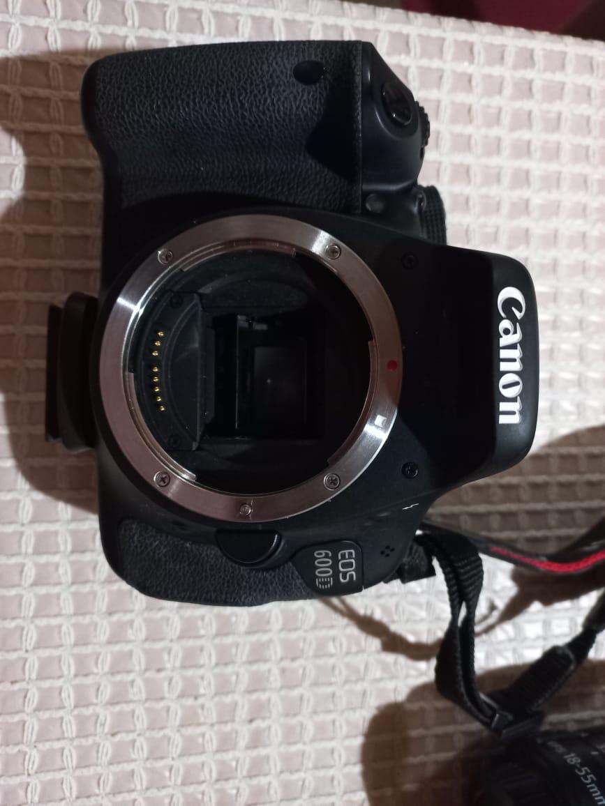 Canon EOS600 Camera and accessories as per photos