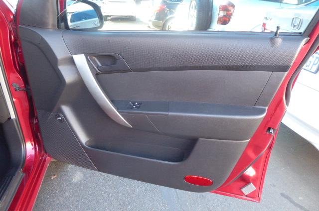 2015 Chevrolet Aveo sedan 1.6 LS auto