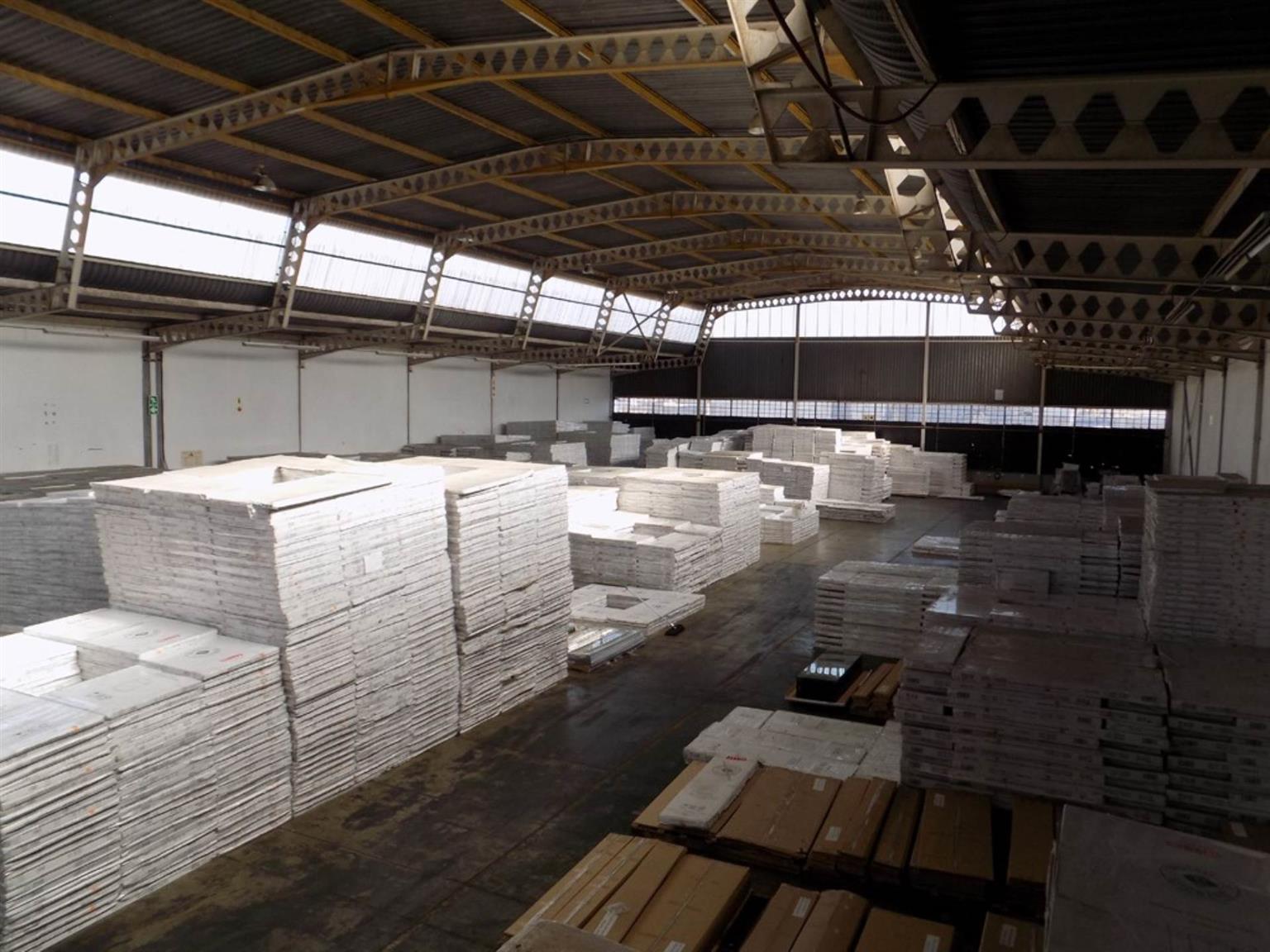 Industrial Rental Monthly in ROODEKOP