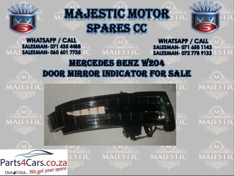 Mercedes benz W204 door mirror indicator for sale