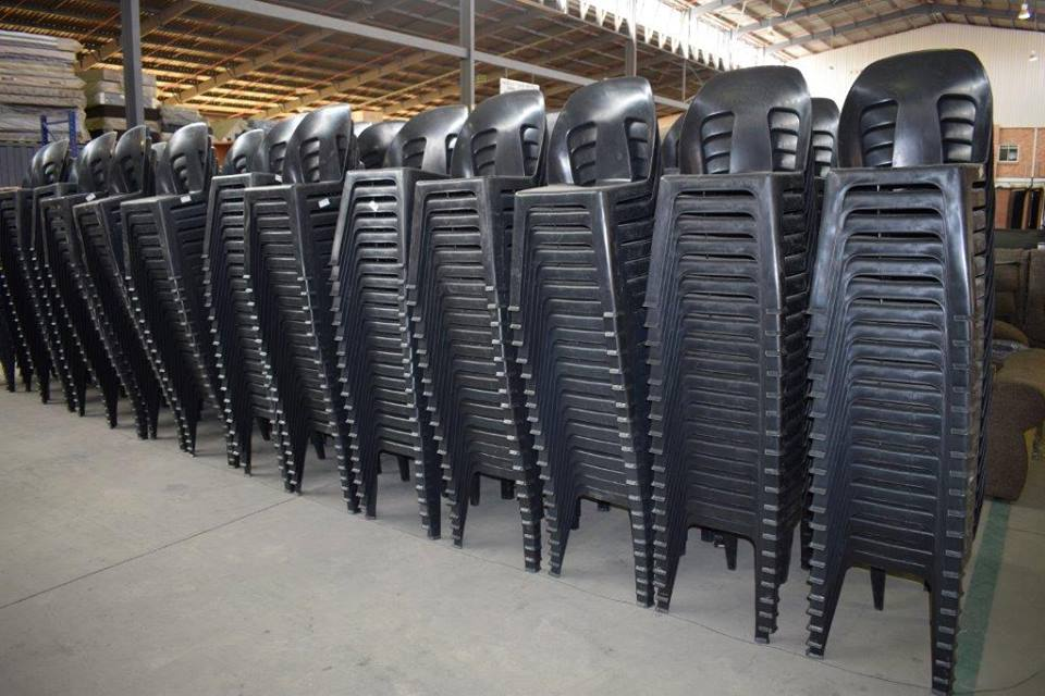 Large selection fo black plastic garden chairs