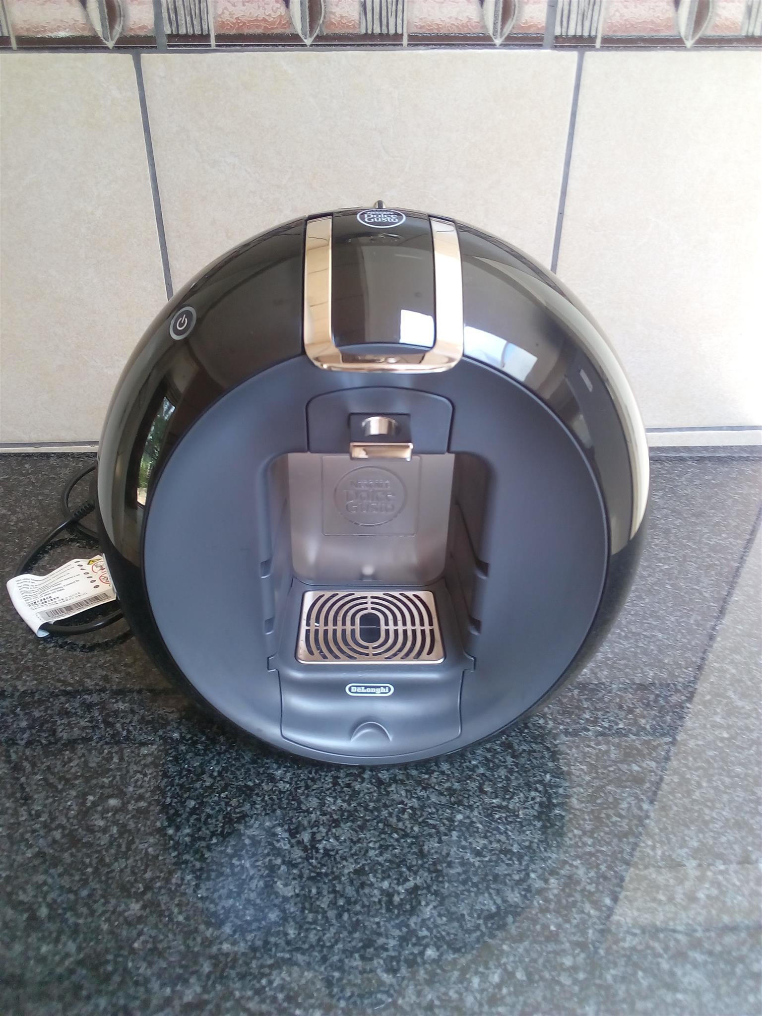 Nescafe Dolce Gusto Circolo coffee machine.