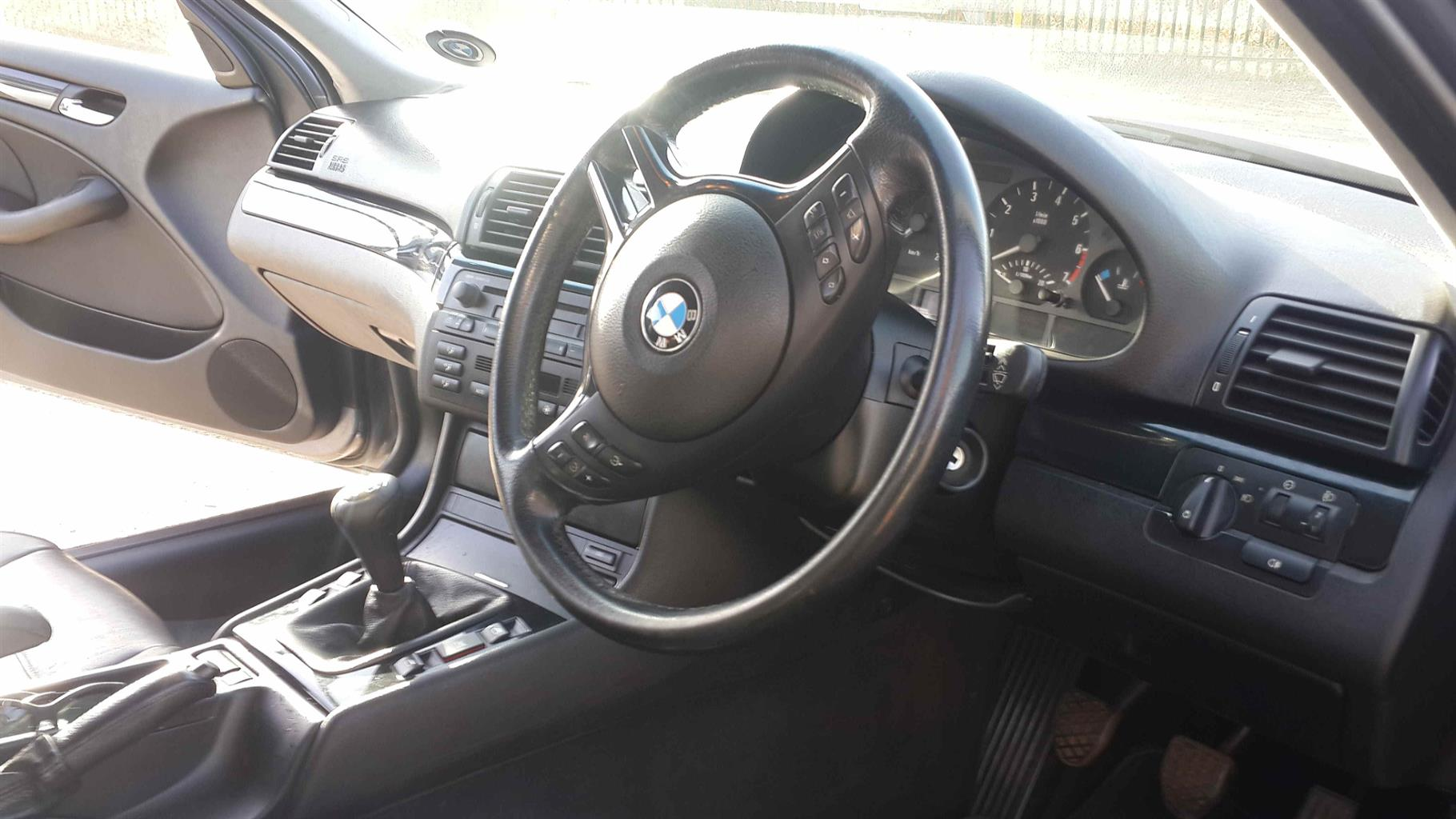 2001 BMW 3 Series 318i