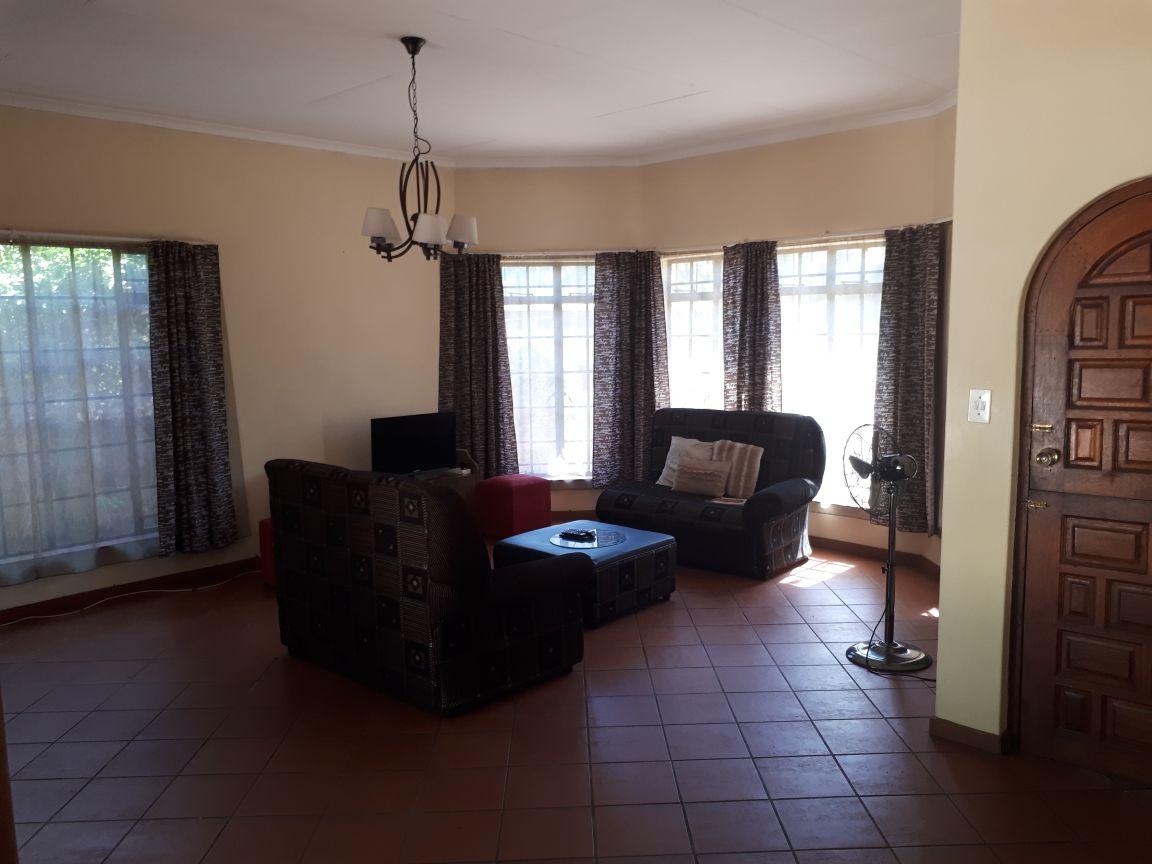 Pretoria North - Abercrombie Street