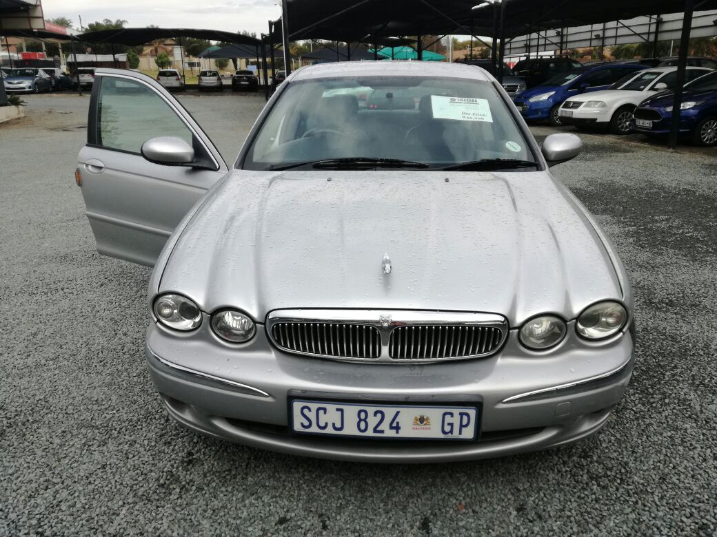2005 Jaguar X Type 2.0 V6 SE