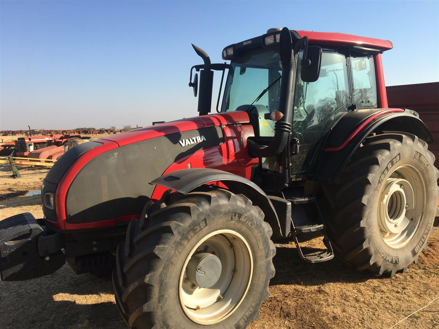 Valtra T171 with GPS & Auto-steer