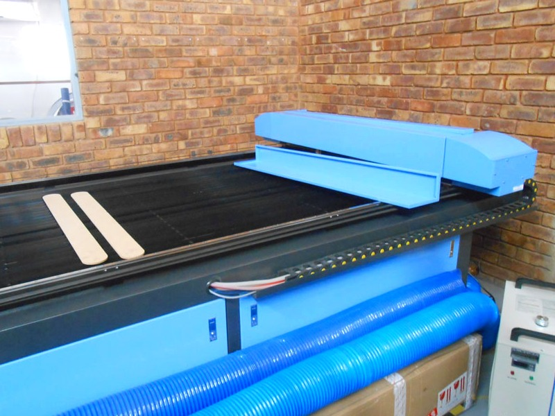 LC2-2030/M150 TruCUT PRO Performance Range 2050x3050mm Flatbed Type for Sheet Metal/Non