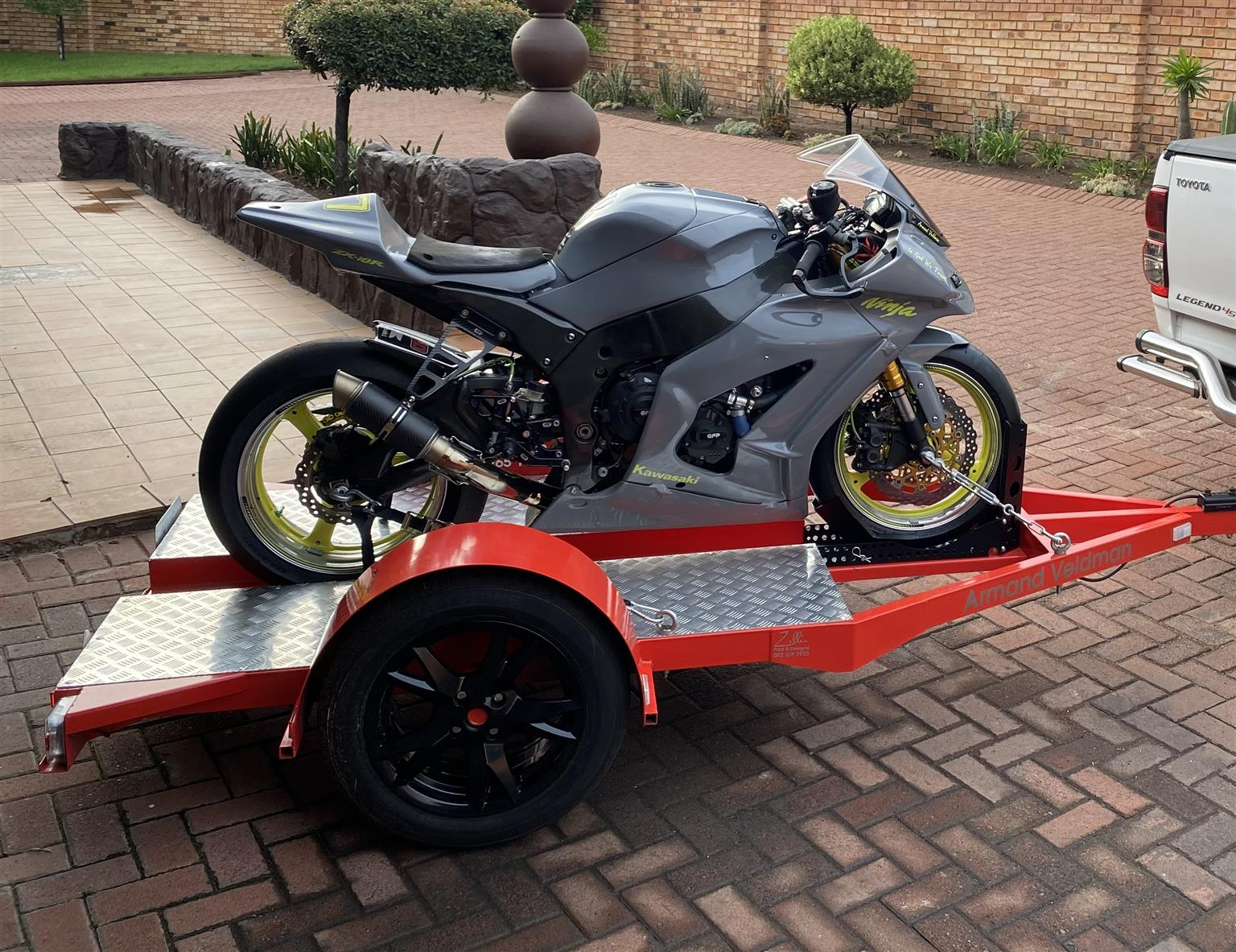 2013 Zx10R with trailer