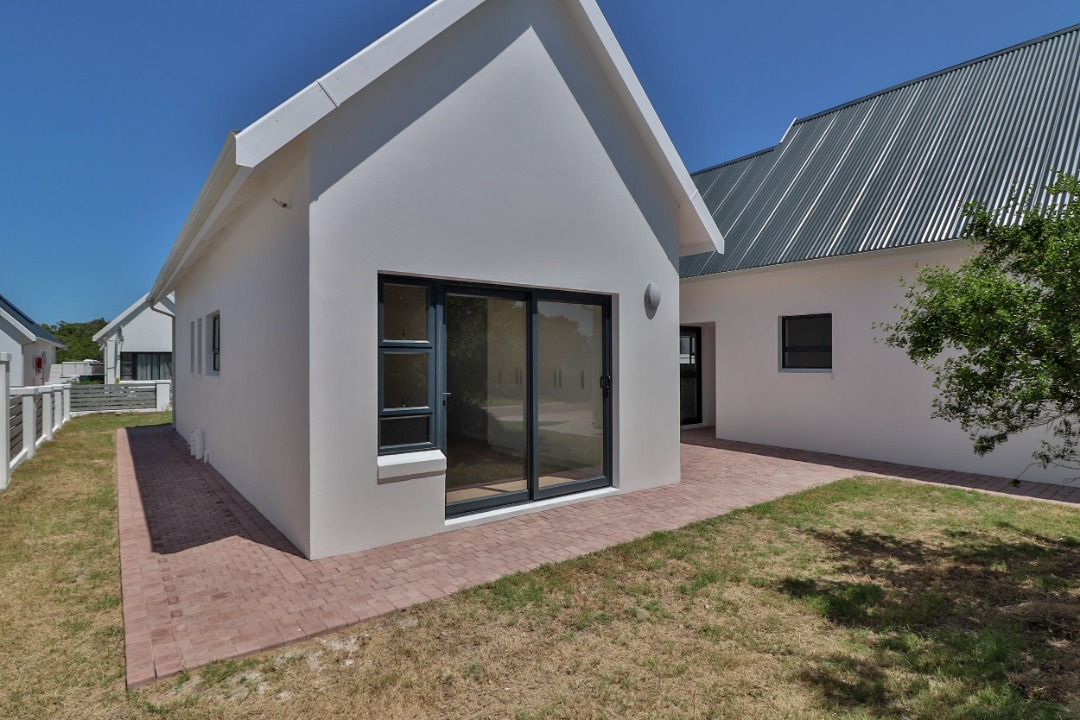 House For Sale in St Francis Bay