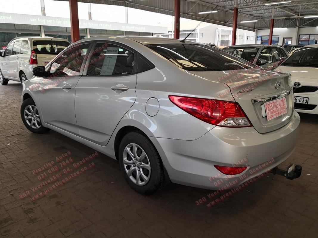 2014 Hyundai Accent sedan 1.6 Fluid auto