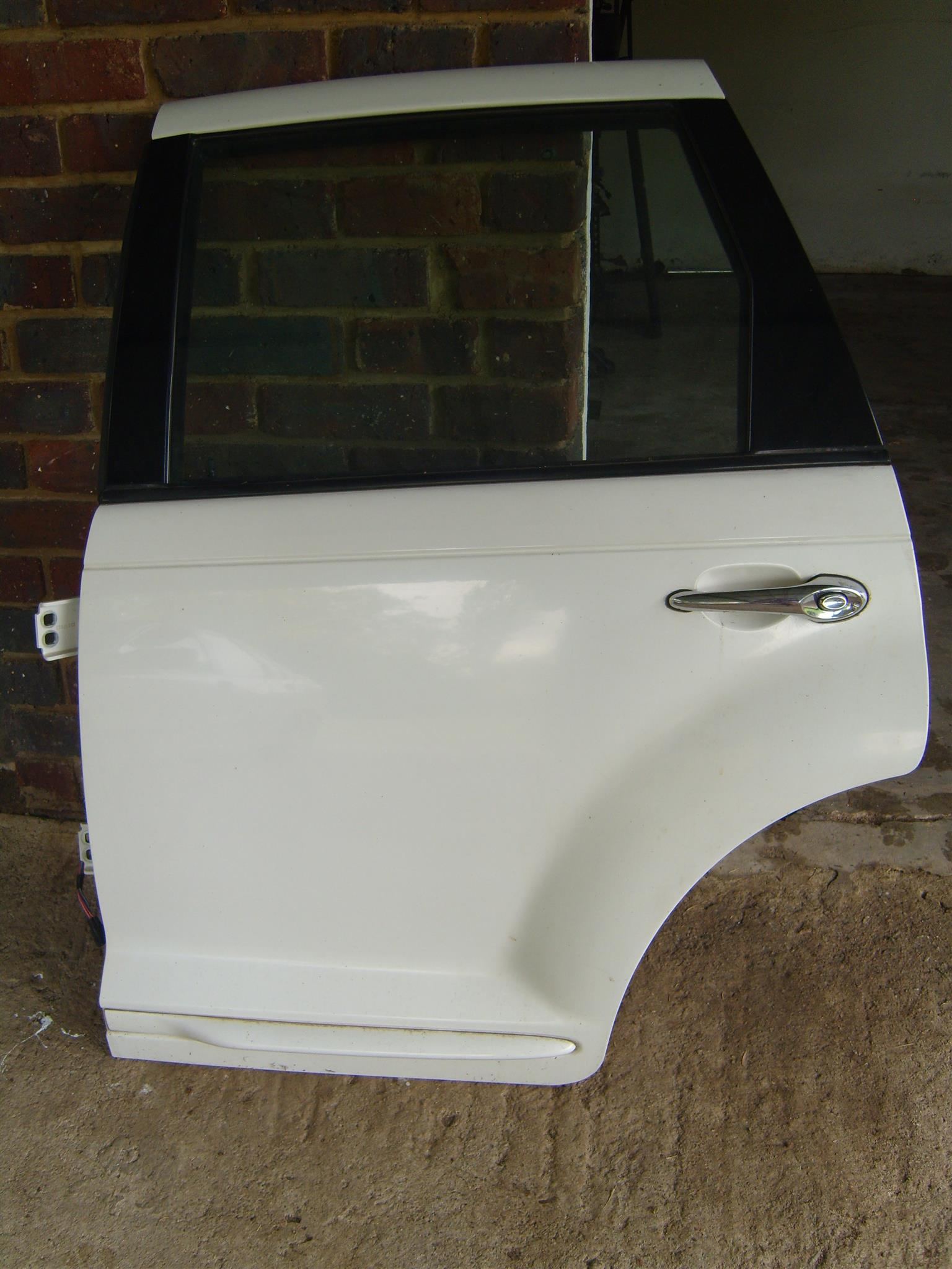 PT CRUISER Complete rear door