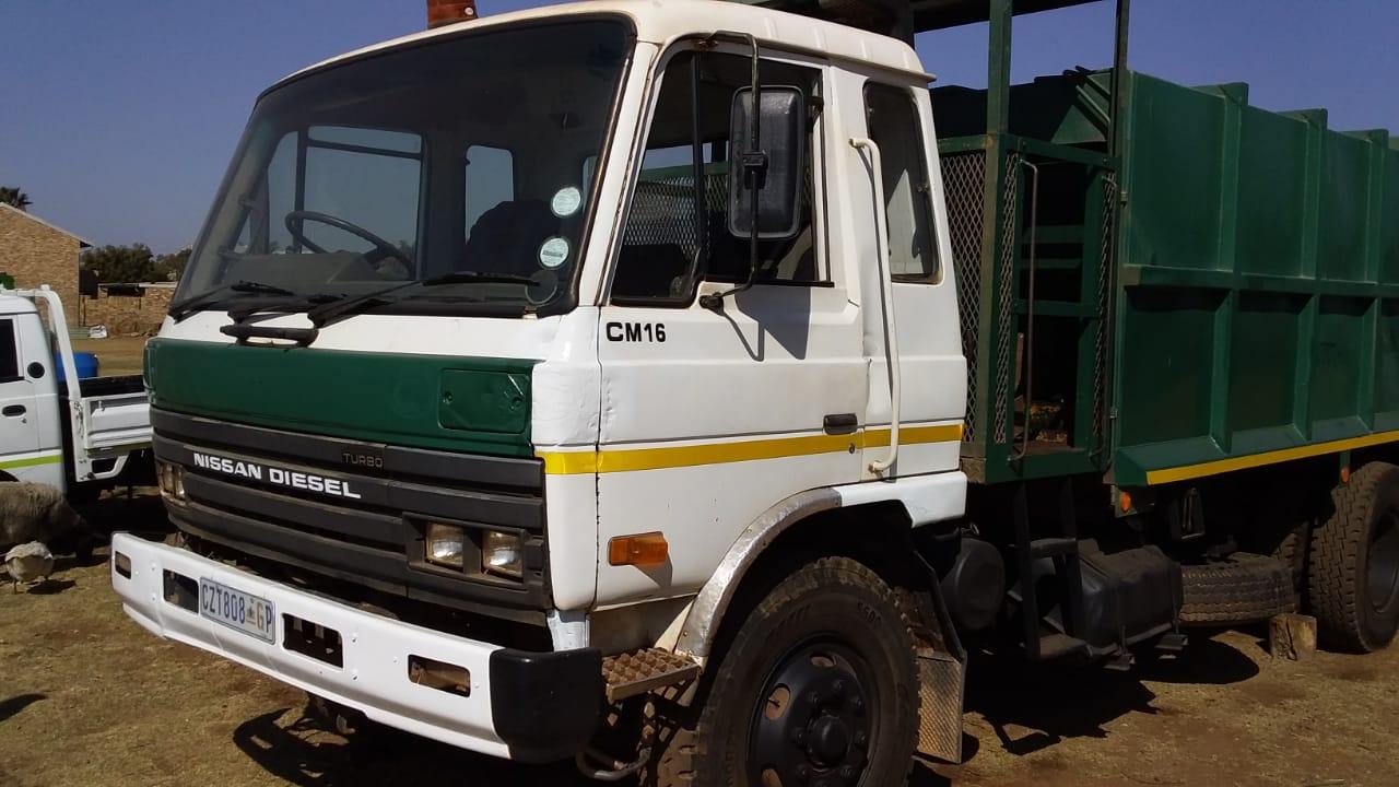 Nissan CM16 Compactor for sale