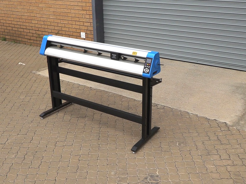 V6-900 V-Auto Superfast Wireless Vinyl Cutter 900mm, Automatic Contour Cutting Function