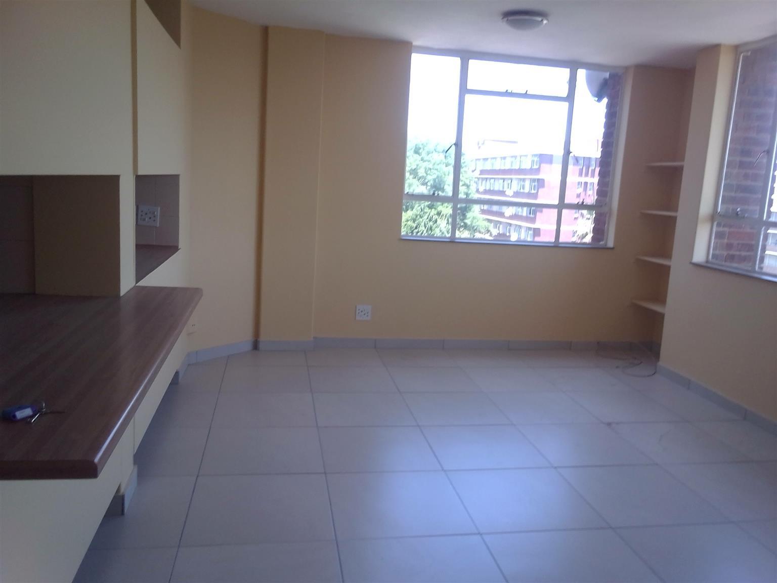 Flat available immediatelyGezinah for Rental