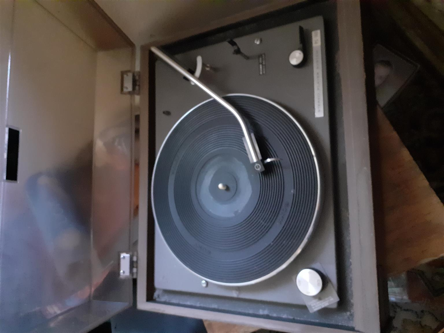 Vintage record players and speakers for sale