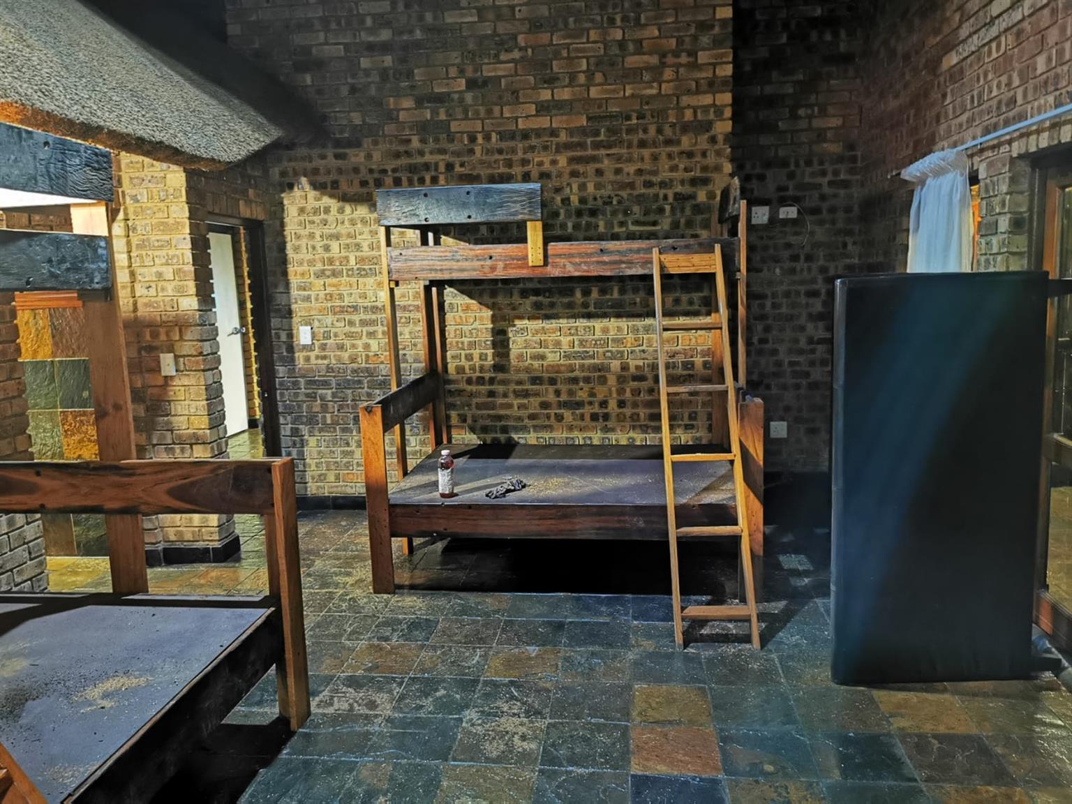 Bunker bed R7500