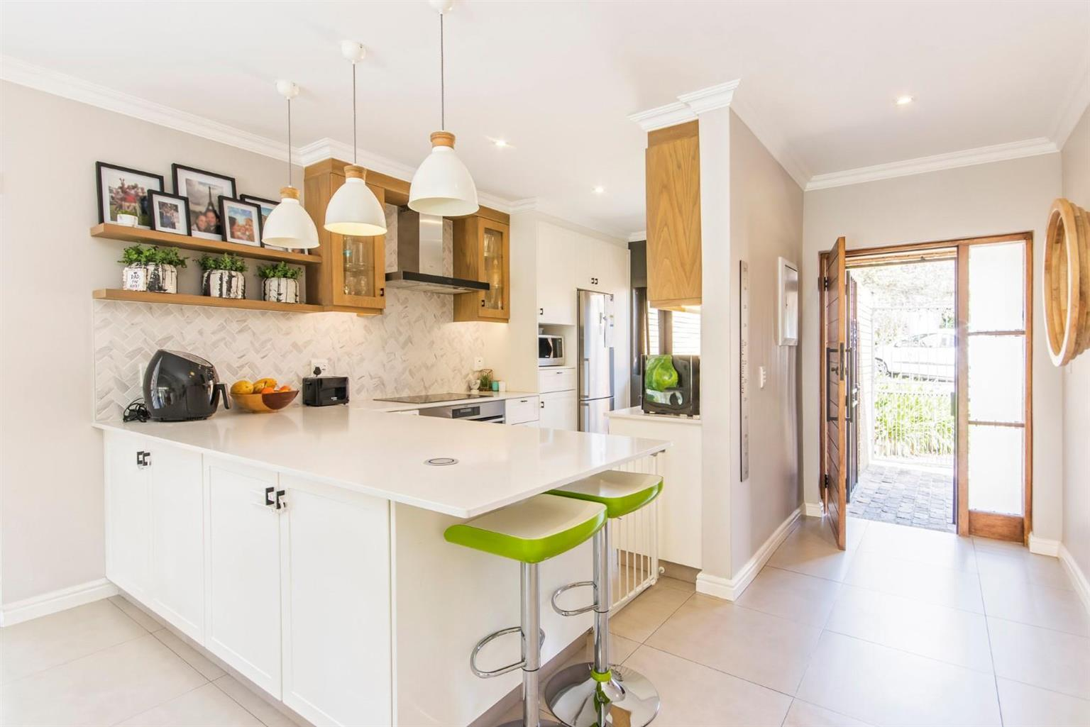 Townhouse For Sale in Morningside