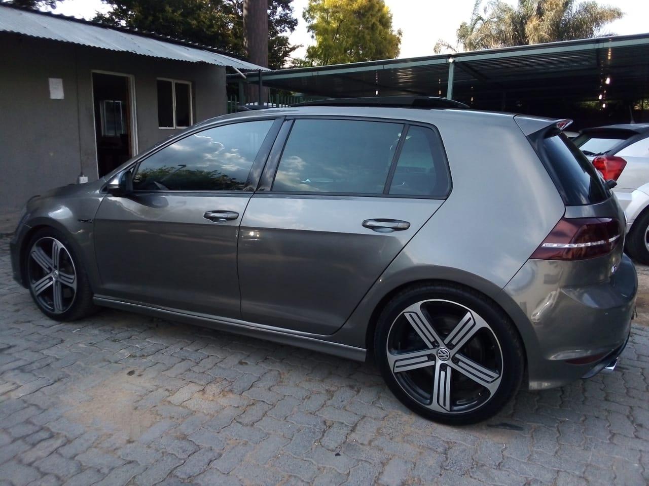 2016 VW Golf hatch GOLF VII 2.0 TSI R DSG