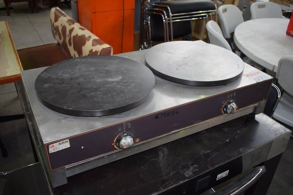 2 Big plate gas stove for sale