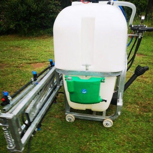 600 liter boom sprayer