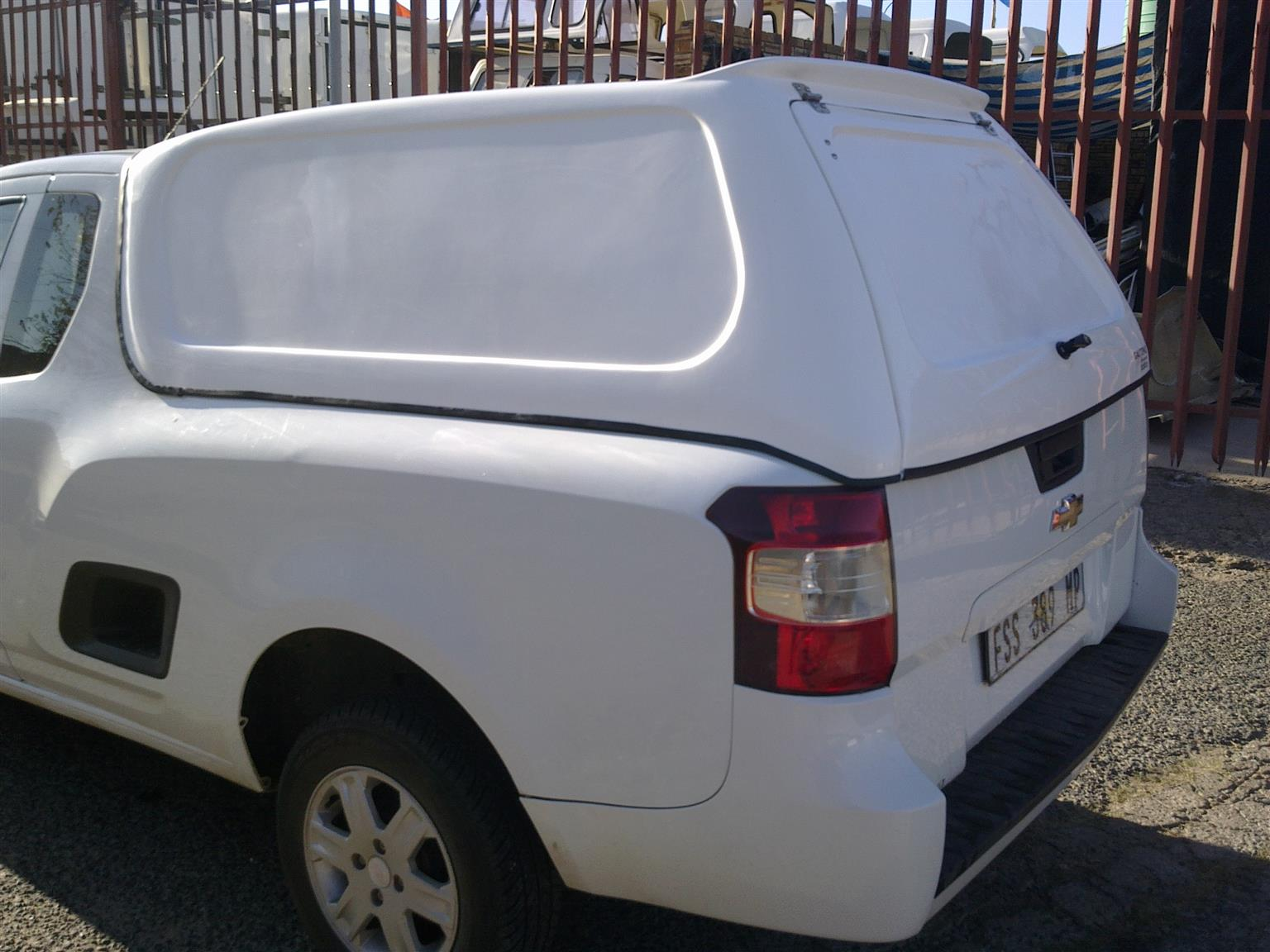 GC CHEV UTILITY COMPLETE BLINDSIDE NEW BAKKIE CANOPY FOR SALE!!!!!